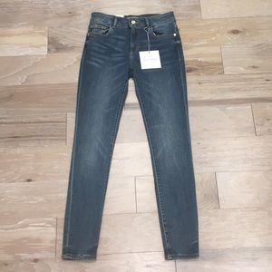 NWT DL 1961 Florence Refibra Skinny Jean
